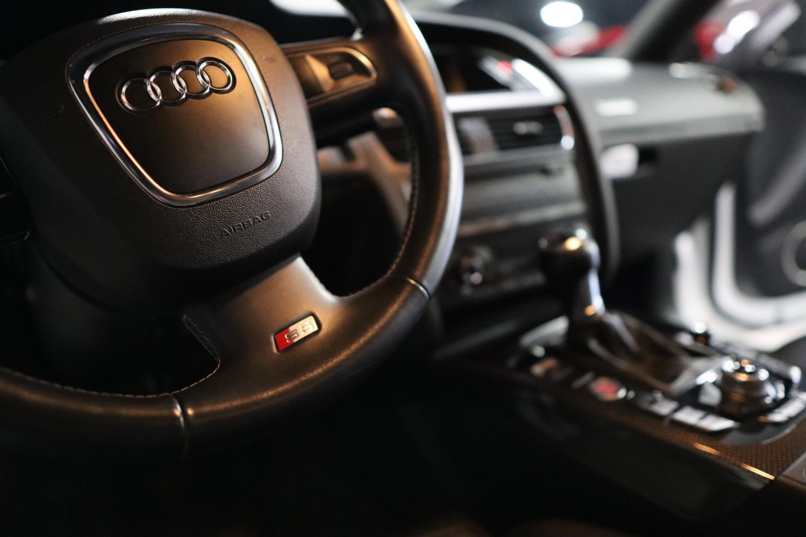 2012 Audi S5 V8